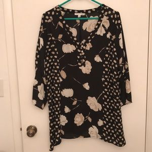 Gorgeous Notations tunic. NWOT